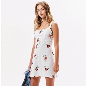 La Hearts Tie Back Floral Mini Sundress Dress